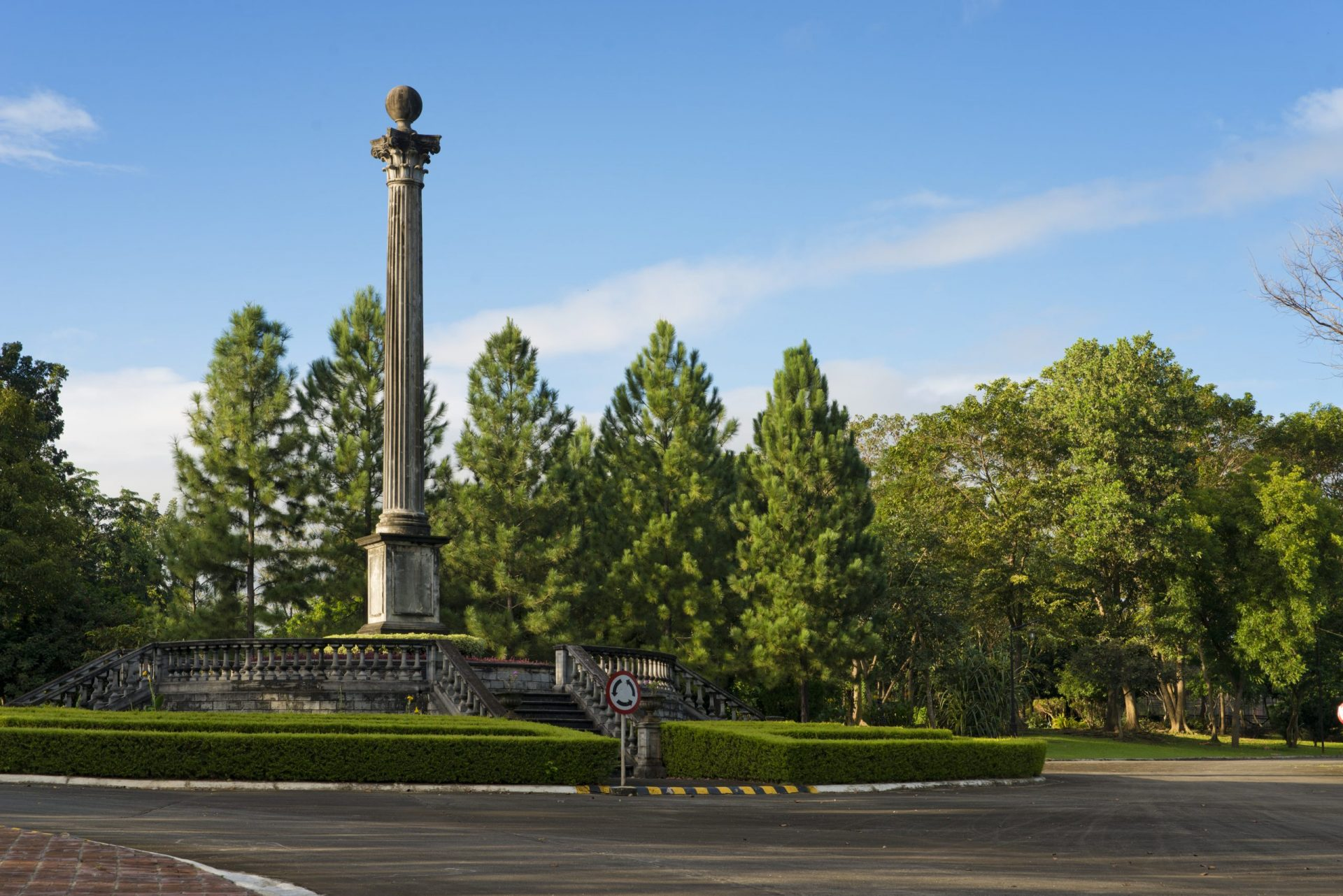 Obelisk in Brittany Promenade surrounded by lush greenery in a residential community in sta. rosa   Luxury Homes by Brittany Corporation