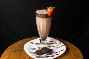 Cookies and chocolate milkshake - Brittany Corporation