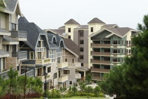 A picture of the luxury houses in the Quadrille | Crosswinds Tagaytay | Luxury Homes by Brittany Corporation