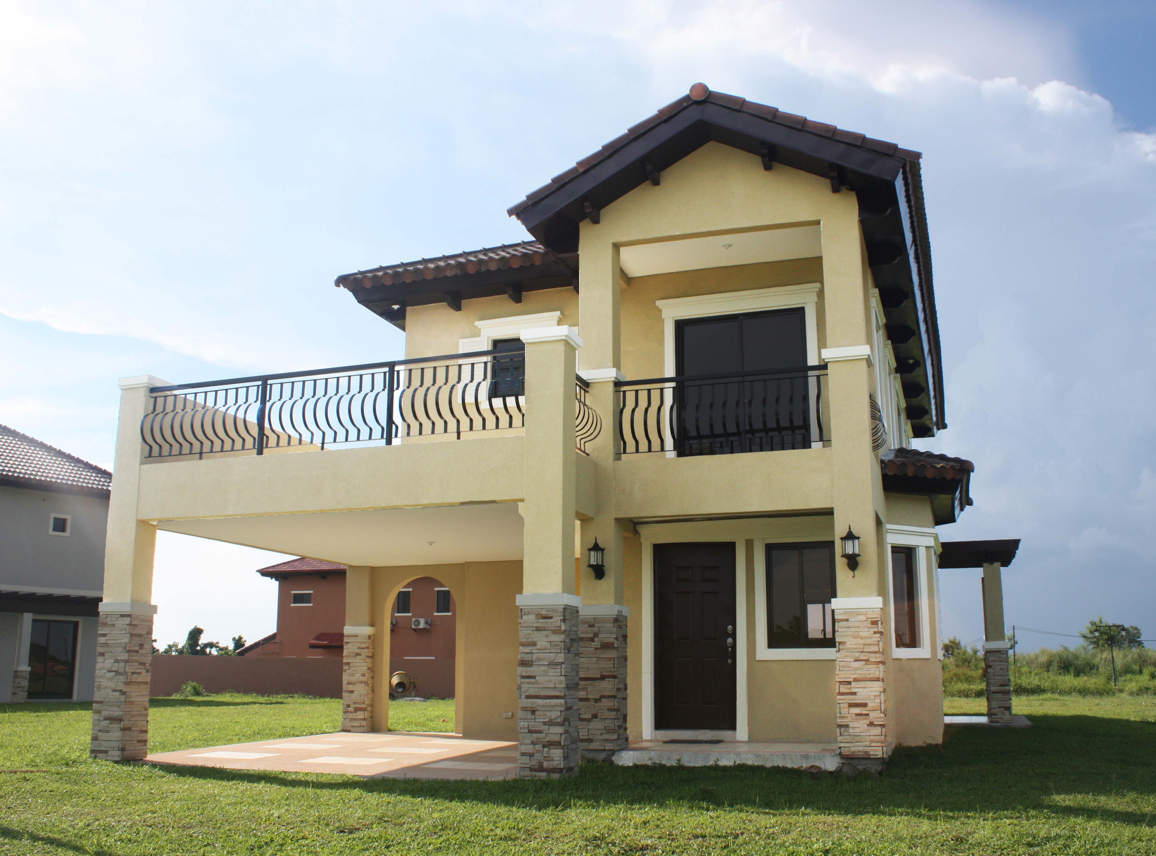 A wide shot of the Lorenzo House Model | Vista Alabang | Amore at Portofino | Luxury Homes by Brittany Corporation