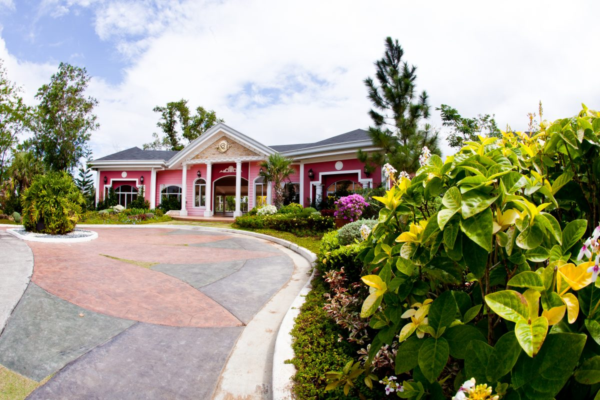 Georgia Club Santa Rosa Laguna American House and Lot for Sale
