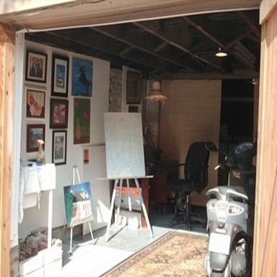 Brittany-Creative-Ways-to-Set-Up-Your-Own-Art-Studio-At-Home-2