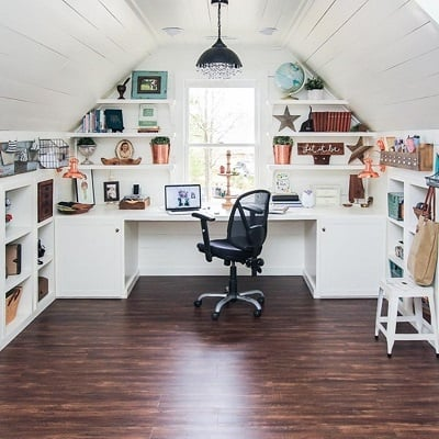 Brittany-Creative-Ways-to-Set-Up-Your-Own-Art-Studio-At-Home-3