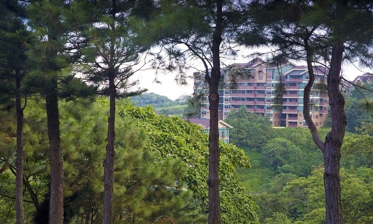 Brittany-Corporation-7-Perks-of-Everyday-Exclusive-Condo-Living-in-Tagaytay-Cold-Breezy