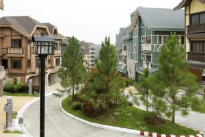 Alpine Villas in Crosswinds tagaytay   Luxury homes by Brittany corporation